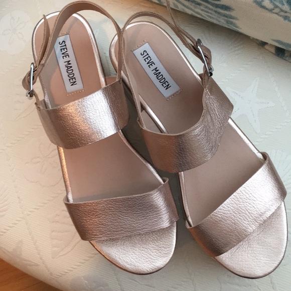 9f206559f9a Steve Madden Krista Platform Sandals Size 8. M 5b490c77aaa5b878b3118562